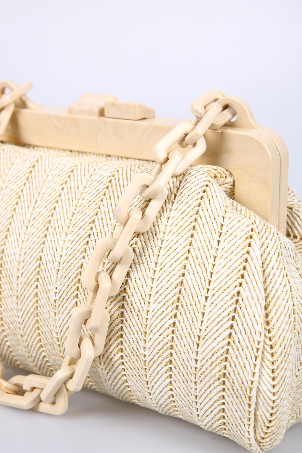 Kisslock Frame Shoulder and Handbag
