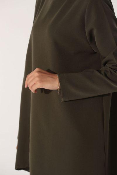 Arkası Düğmeli Bluz