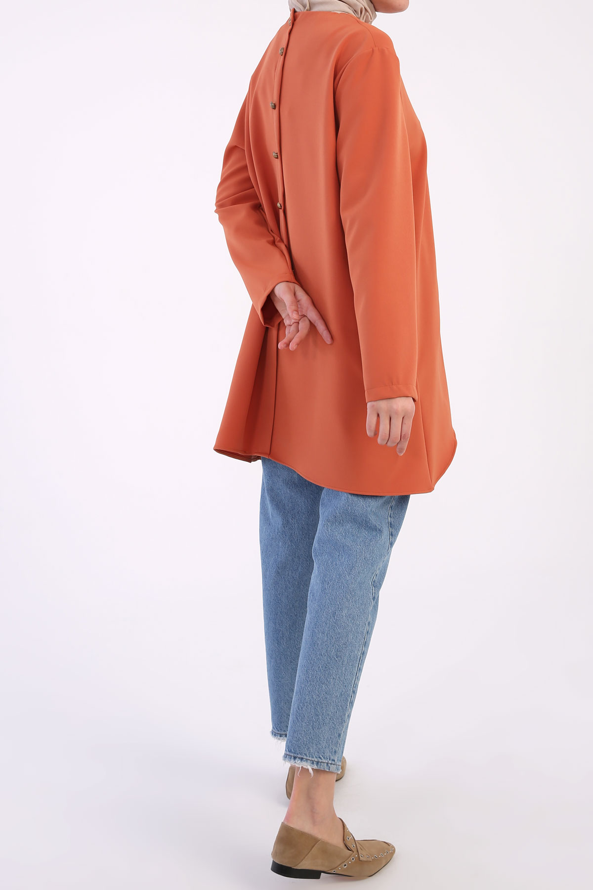 Back Buttoned Detailed Tunic