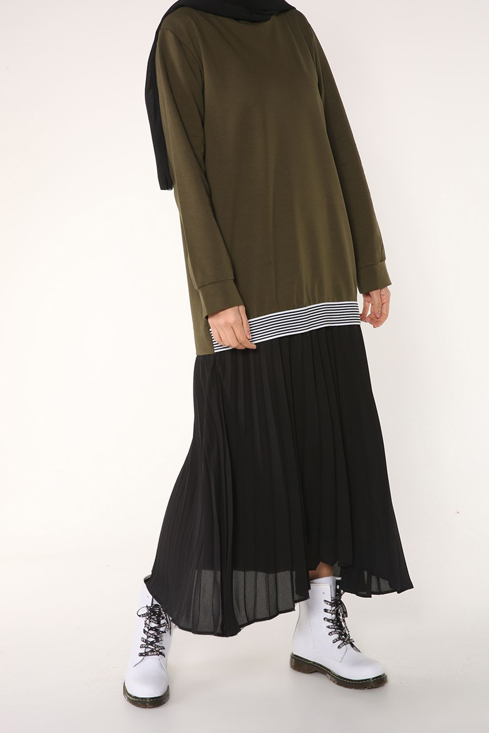 LINED PLEATED DRESS