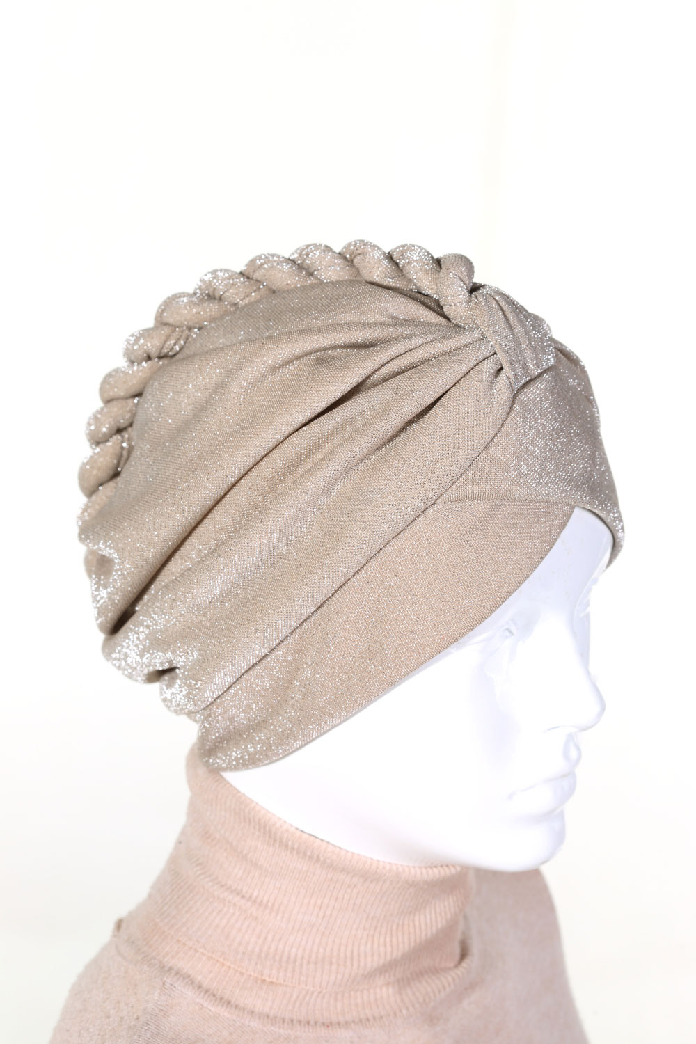 LINED KNITTED BONNET