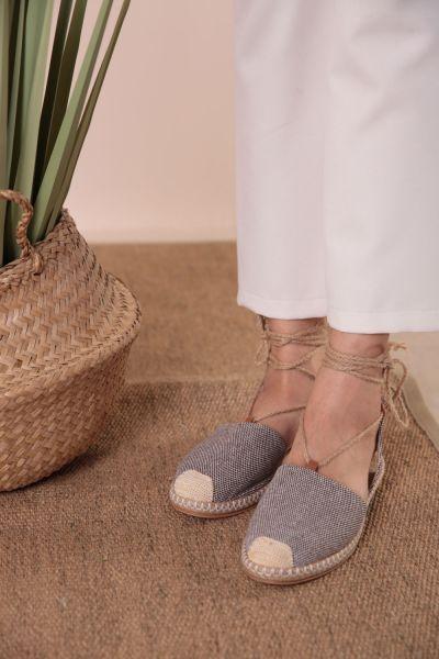 Bağcıklı Sandalet