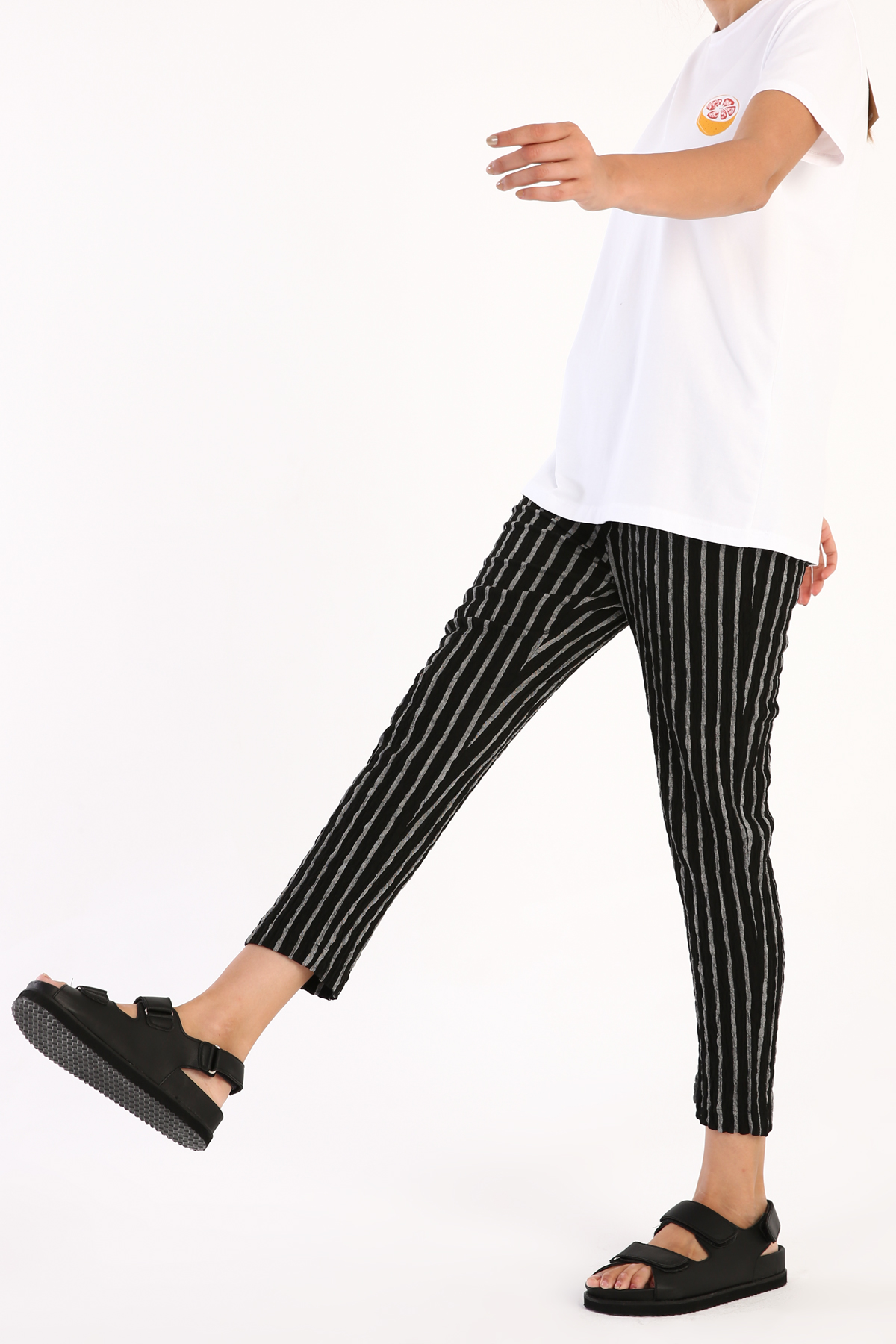 Elastic Waist Pocket Striped Hijab Pants