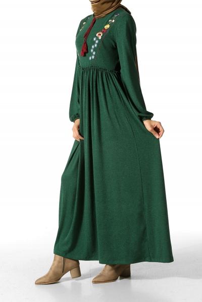 Lastikli Nakışlı Elbise