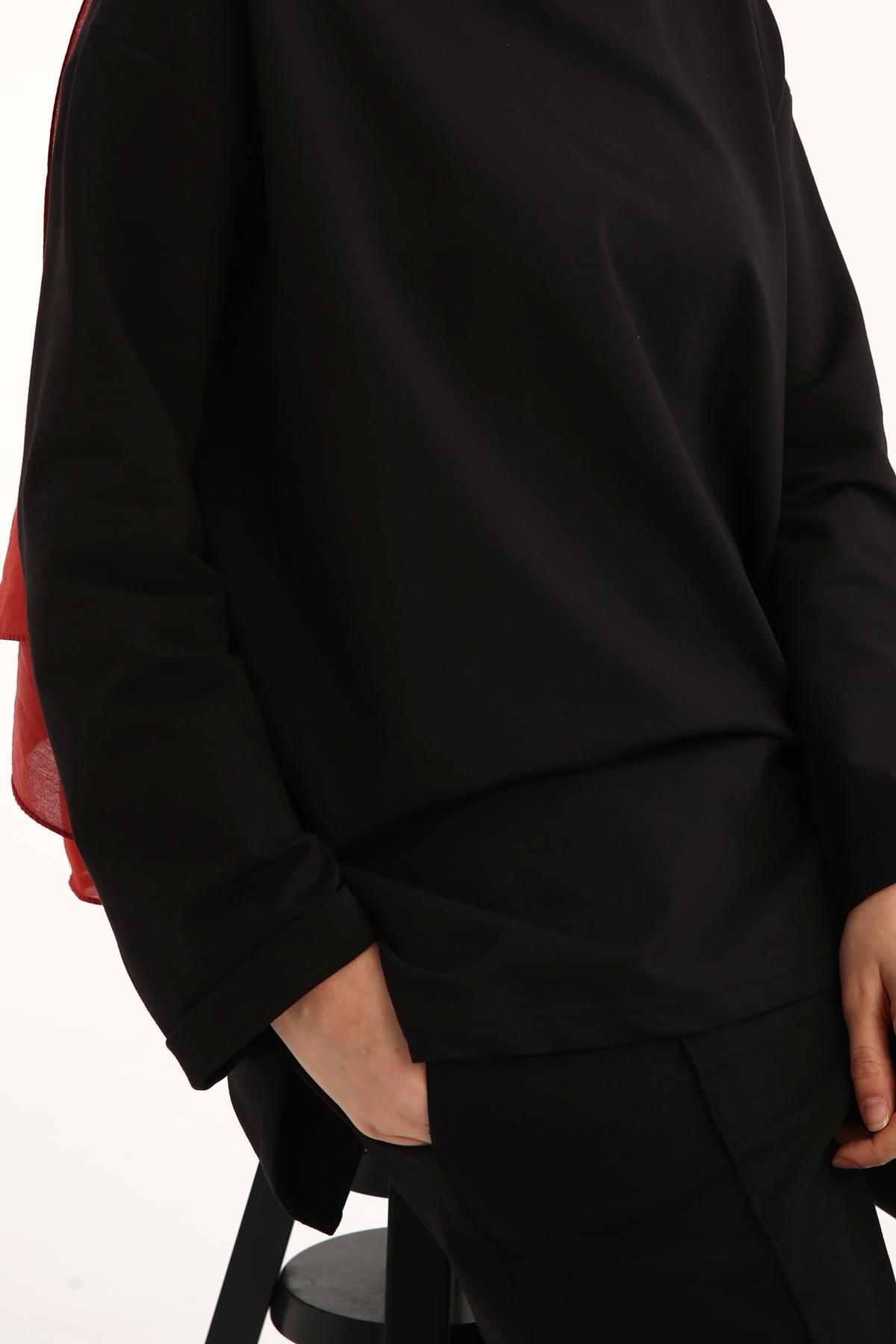 Crew Neck Modest Suit