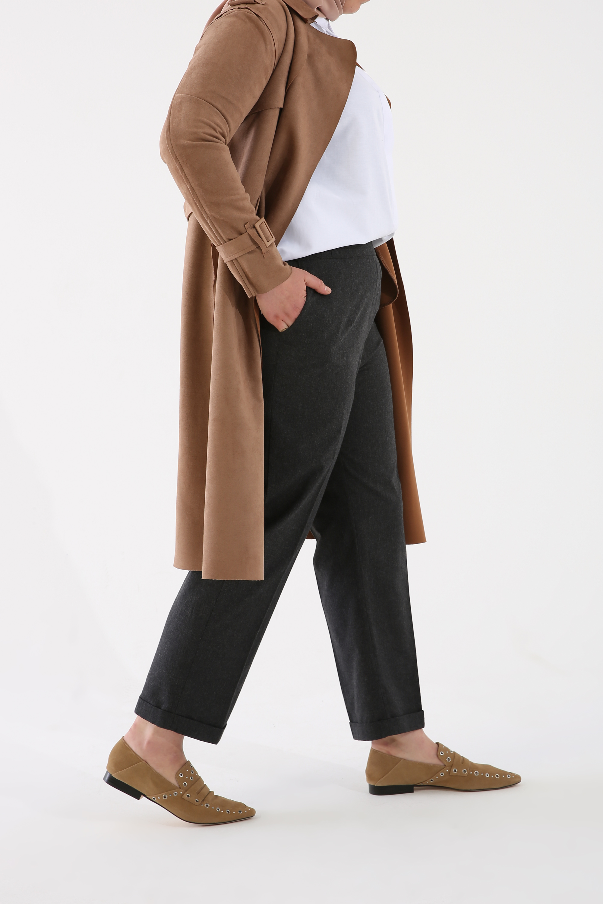 Plus Size Pegged Pants With Pockets