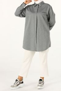 PLUS SIZE HIDDEN BUTTON SHIRT TUNIC