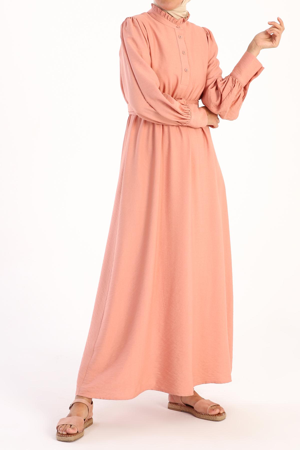 Büzgü Detaylı Kuşaklı Viskon Elbise