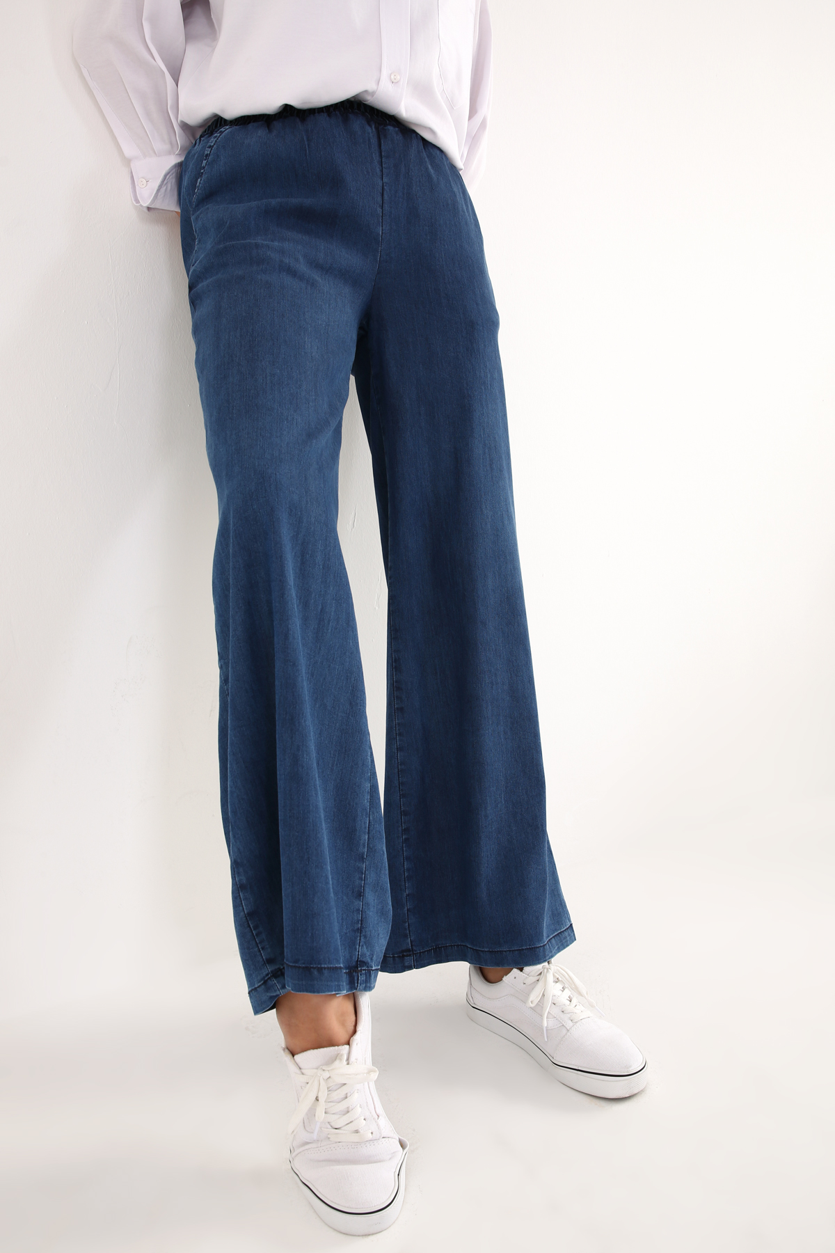 Wide Leg Lyocell Pants