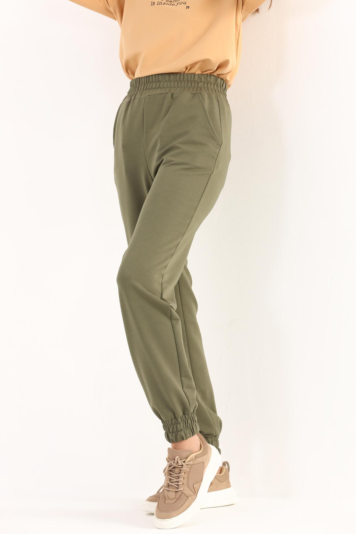Elastic Waist Cargo Pants With Pockets