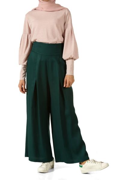 Hijab Pleated Pants