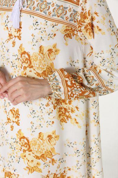 Yakası Bağcıklı Çiçekli Elbise
