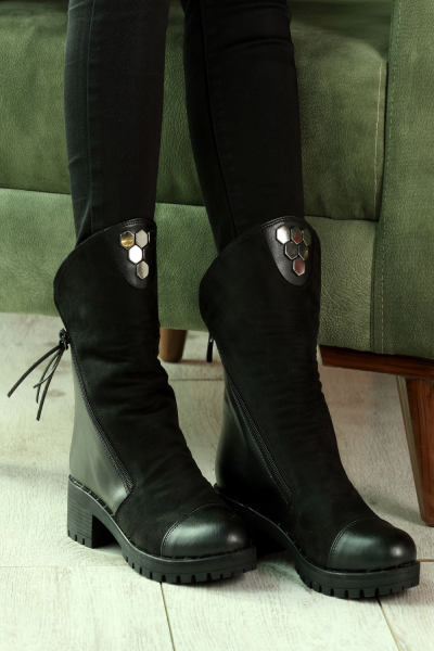 FUR LINED BOOTS WITH ZIPPER
