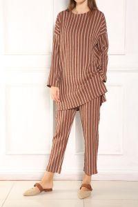 Çizgili Pantolonlu Takım
