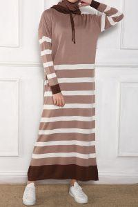 Kapüşonlu Çizgili Triko Elbise