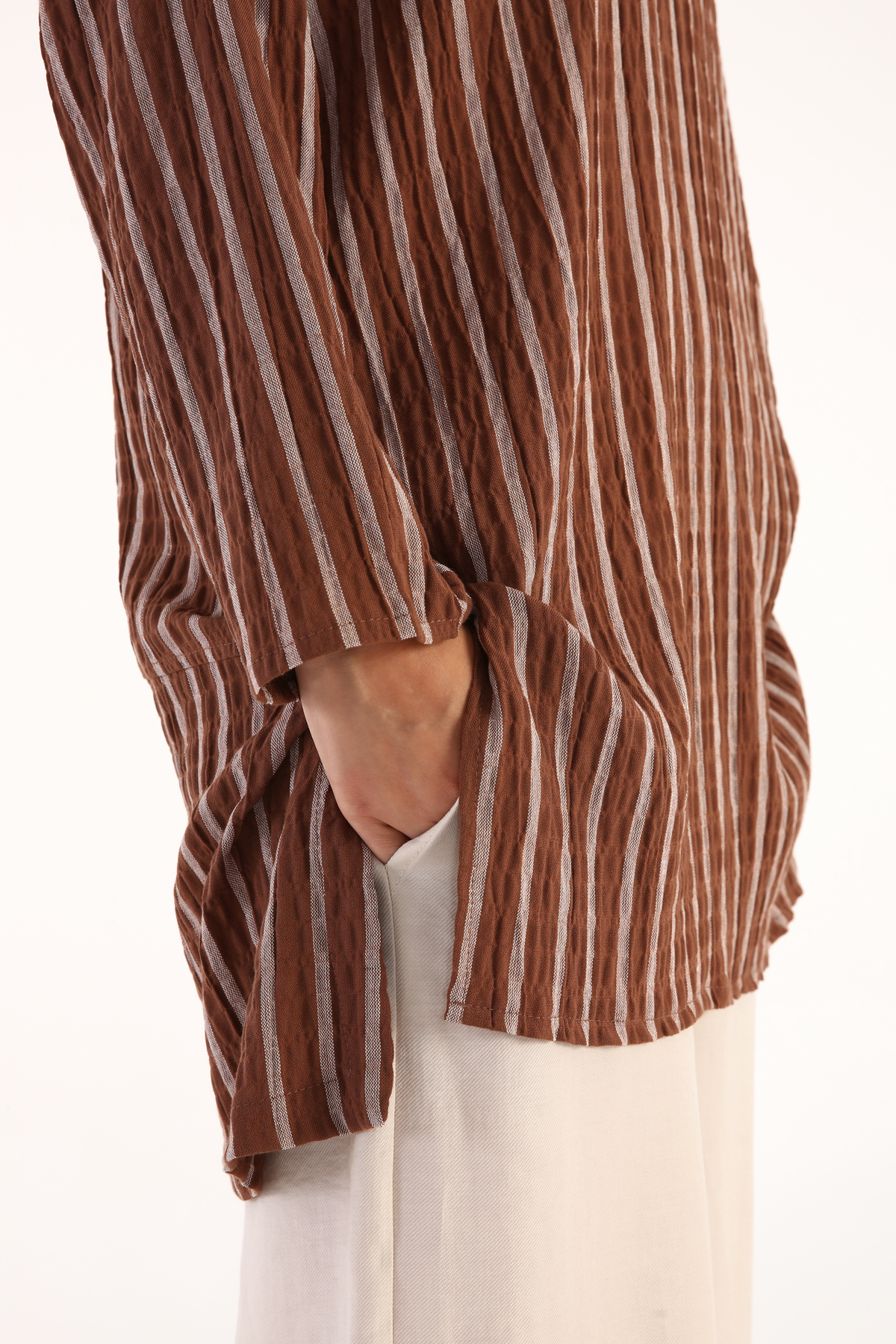 Vertical Stripes Crew Neck Slit Detailed Tunic