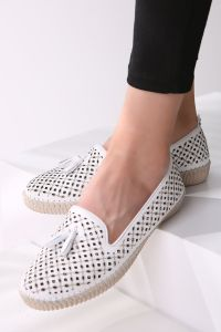 PATTERNED FLAT SHOES