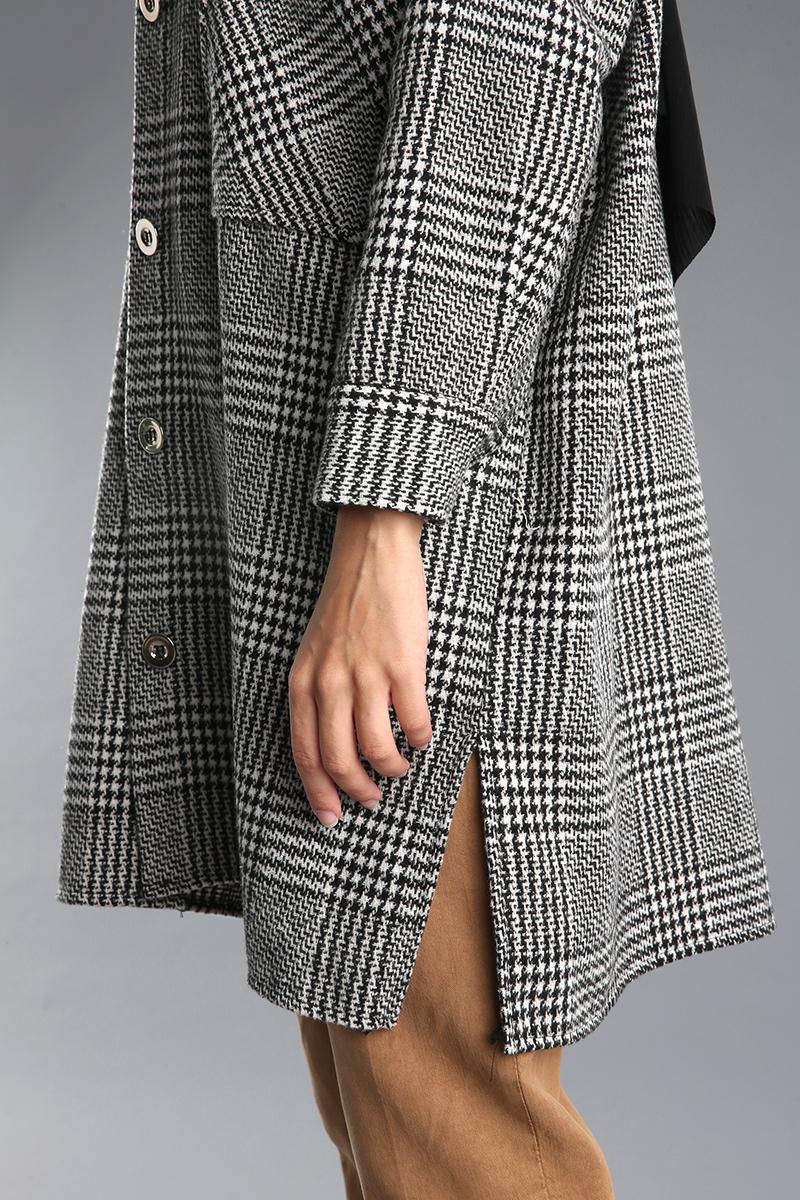 Desenli Düğmeli Cepli Ceket