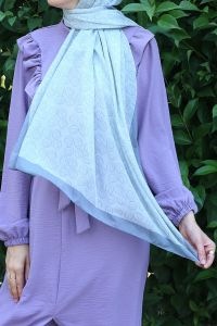 PATTERNED SHAWL