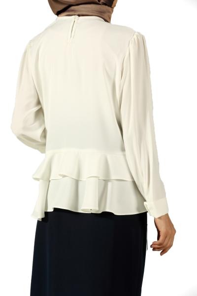 Etek Ucu Volanlı Bluz