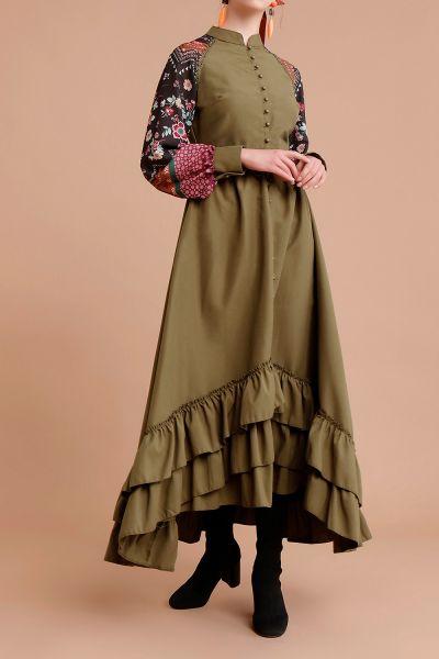 Eteğİ Fırfırlı Düğmeli Elbise