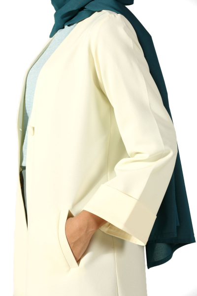 Düğmeli Uzun Ceket