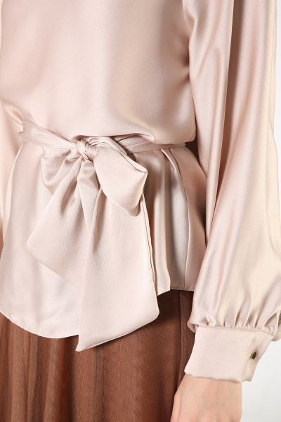 BLOUSE WITH FOULARD