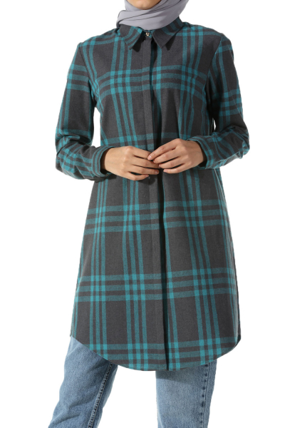 TUNIC WITH HIDDEN BUTTON