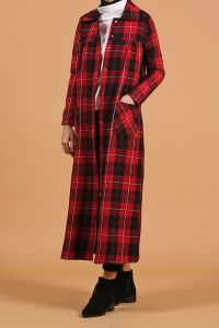 HIDDEN BUTTON PLAID CAPE