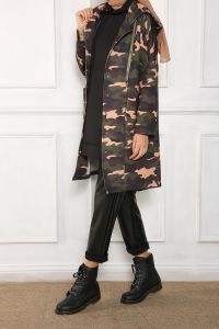HOODED PATTERNED CAPE