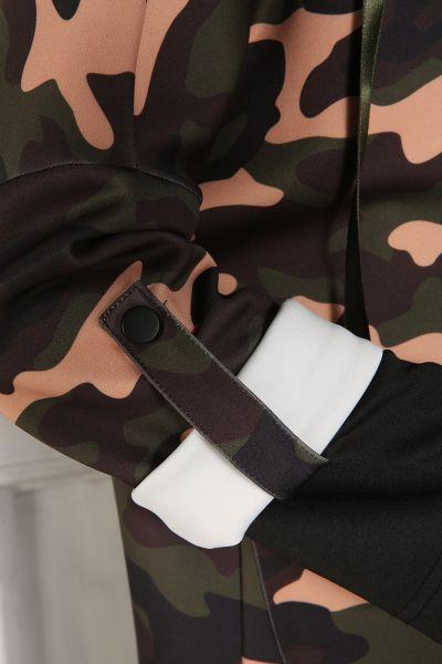 Hanıel Kapüşonlu Asker Desenli Çıtçıtlı Kap
