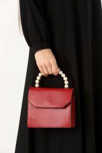 İncili Çanta
