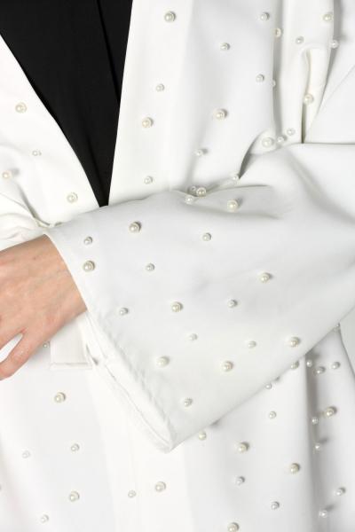İncili Ceket