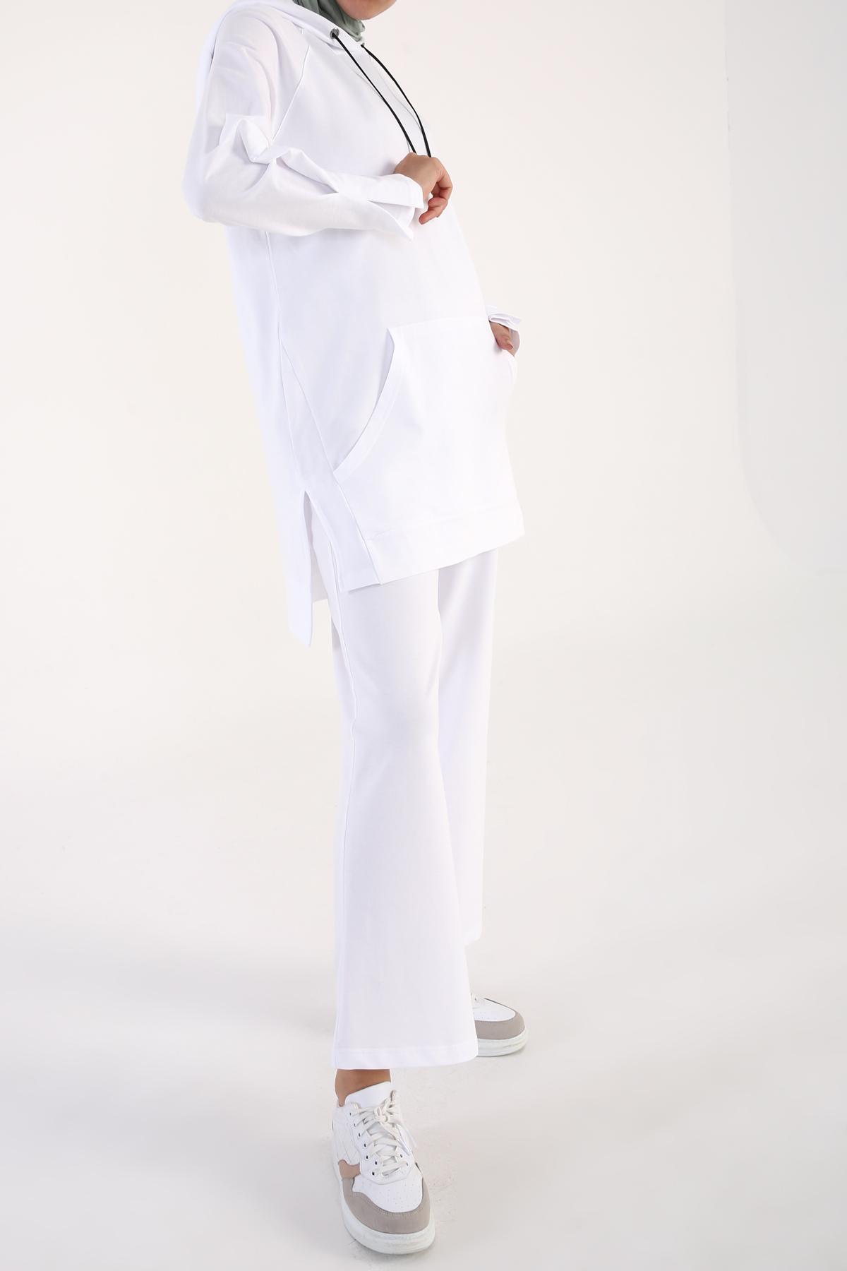 Comfy Kangaroo Pocket Track Suit