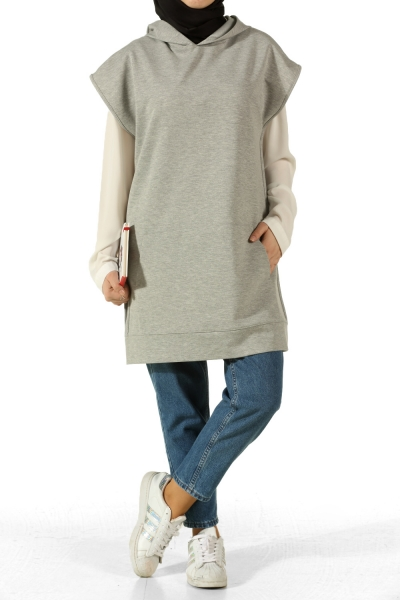 HOODED POCKET SWEATER
