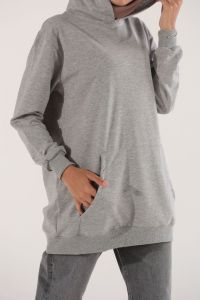 HOODED POCKET SWEATSHIRT