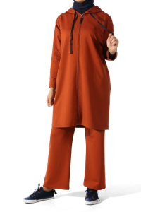 HOODED TRACK SUIT WITH ZIPPER