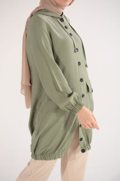 HOODED CAPE