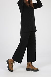 Kapüşonlu Pantolonlu Triko Takım
