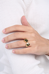 Square Patterned Ring