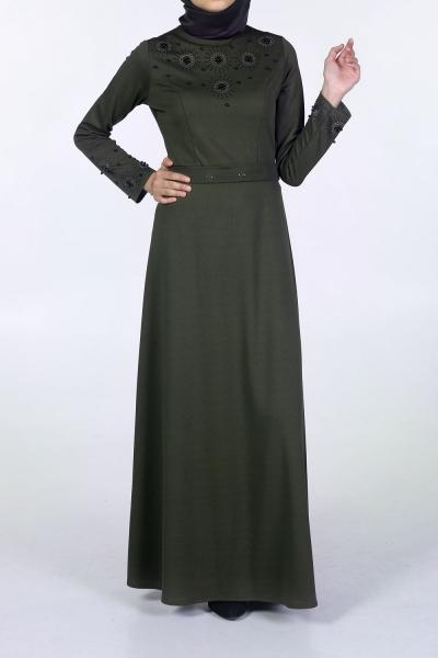 Önü Taşlı Elbise