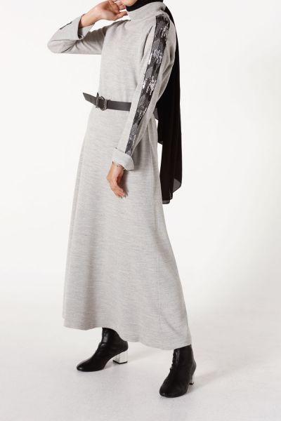 Kol Payetli Triko Elbise