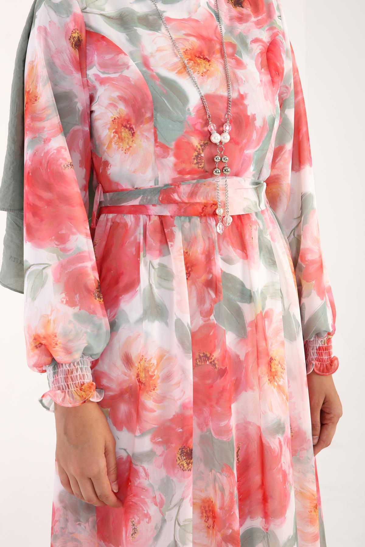 Çiçek Desenli Kol Ucu Gipeli Şifon Elbise
