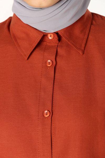 Kolları Nakışlı Gömlek