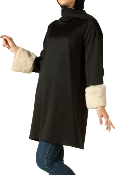 TUNIC WITH FUR CUFF