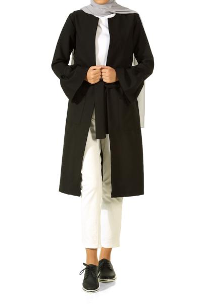 Kolu Volanlı Kuşaklı Ceket