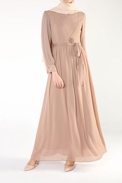 Kolyeli Elbise
