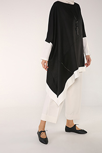 ASYMMETRIC TUNIC WITH NECKLACE