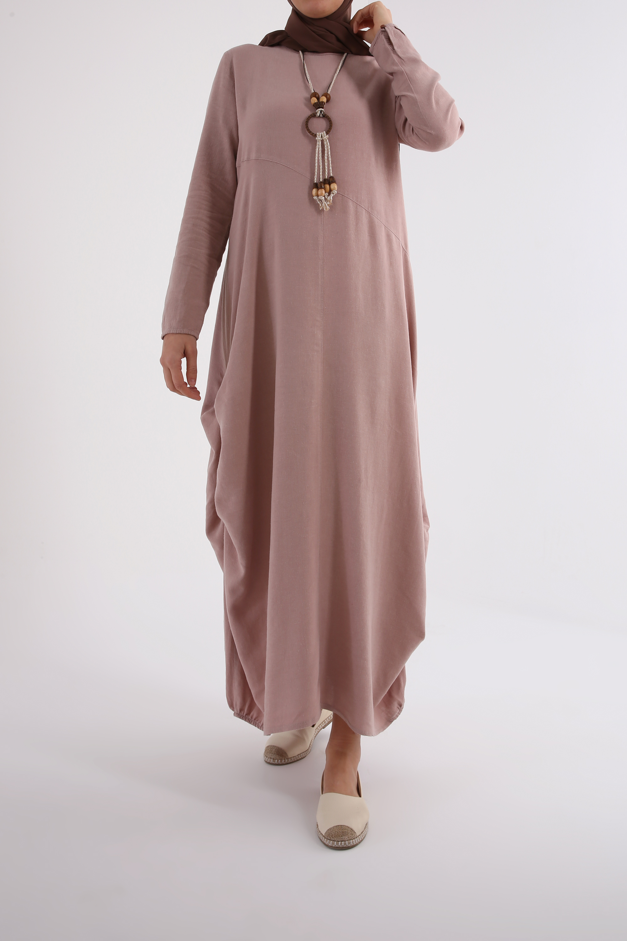 LINEN DRESS WITH NECKLACE