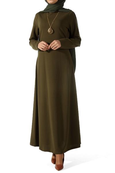 Kolyeli Krep Elbise